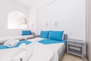 apartment-three-santorini-02