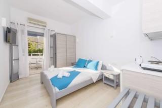 apartment-two-santorini-01