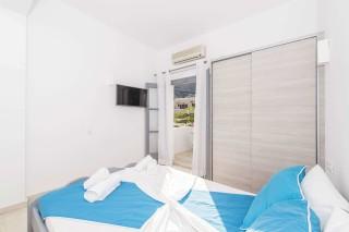 apartment-two-santorini-03
