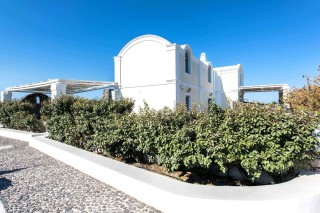 aspronisi-villa-secret-earth-santorini-12-1920x1280