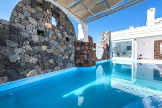 aspronisi-villa-secret-earth-santorini-6-1280x853