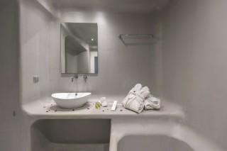 family-suite-jacuzzi-101