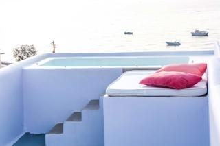 honeymoon-suite-santorini-04