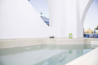 junior-suite-santorini-23