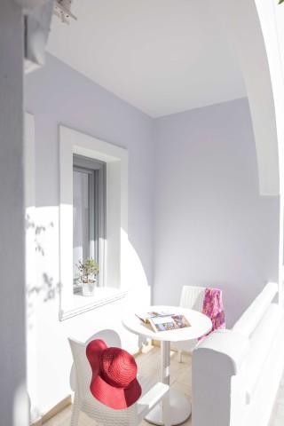 santorini-family-suite-pool-221
